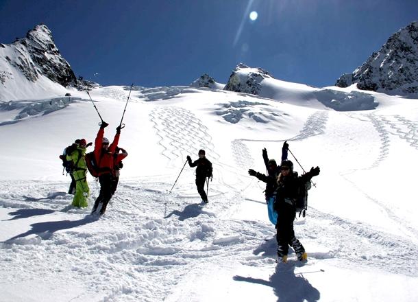 Glacier skiing, Val Thorens.